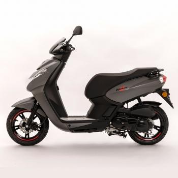 peugeot scooter kisbee 50 4t rs peugeot urban serie roller 50cm scooter. Black Bedroom Furniture Sets. Home Design Ideas